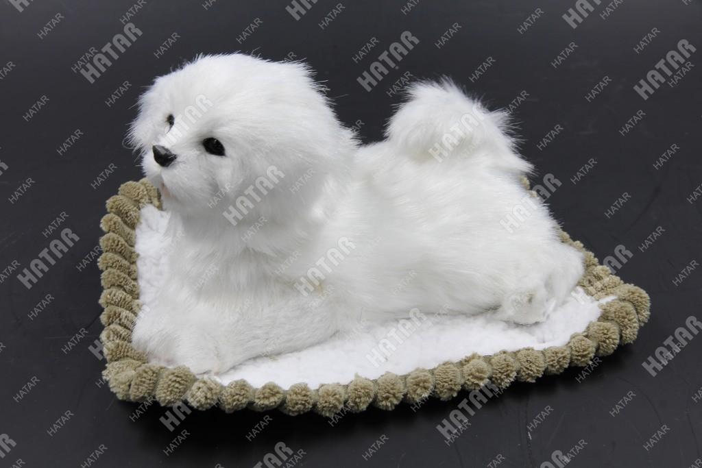 BOOST Собака игрушка украшение на панель белая